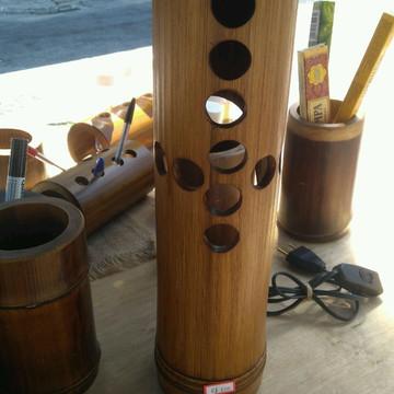 Luminária de mesa em Bambu Gigante