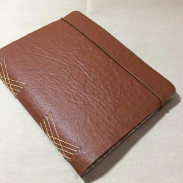 Caderno em Couro Ecológico- CARAMELO