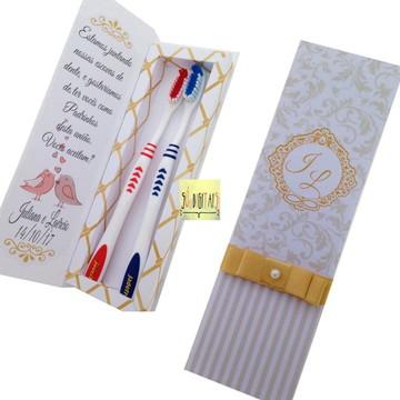 caixa escova de dente dourada ( arquivo digital)