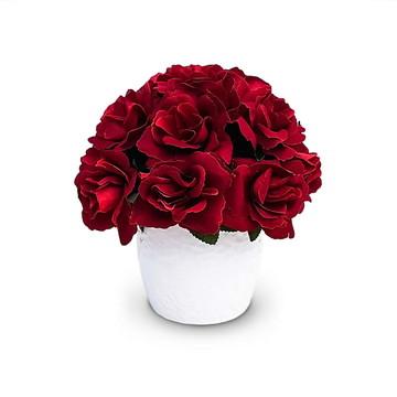 Arranjo de flores artificiais rosas
