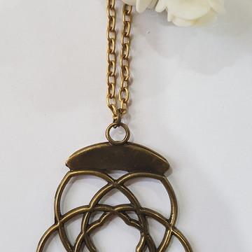 colar bijuteria flor ouro velho