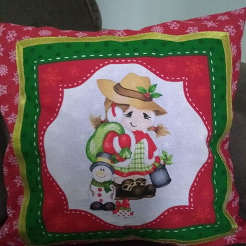 Almofada Menina com Saco de Presentes e Boneco de Neve