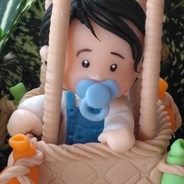 Topo de bolo menino no balão