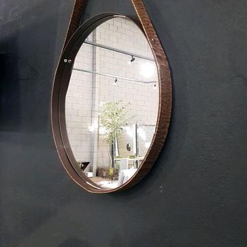 Espelho 80cm diam. alça couro marrom