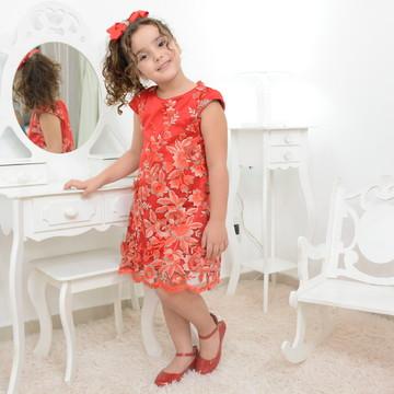 Vestido infantil vermelho com tule francês bordado