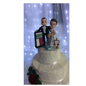Noivinhos de Biscuit- Noiva Advogada