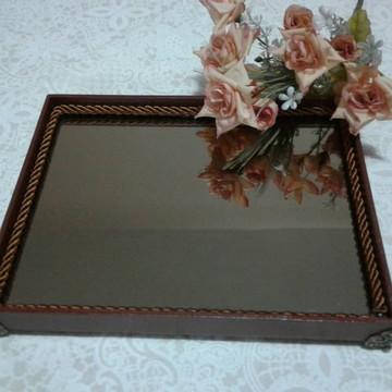 Bandeja Marrom com espelho bronze