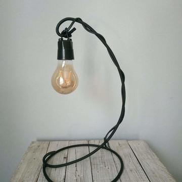 Luminária Industrial Elegante