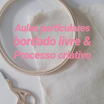 Aula particular de bordado livre e processo criativo