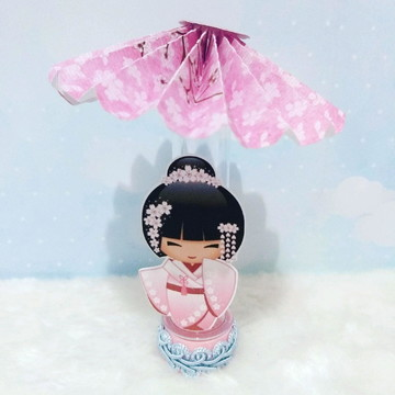 Tubete kokeshi com sombrinha