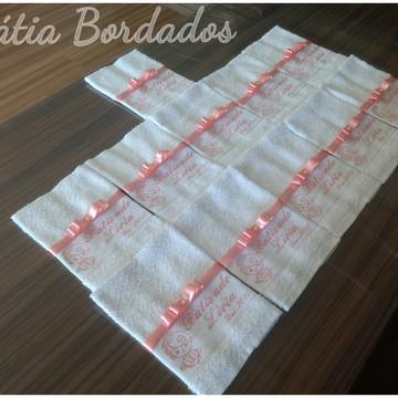 Toalha Batizado Lembrança Bordada + Toalhas de Padrinhos