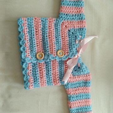Casaco de frio recém nascido de crochê