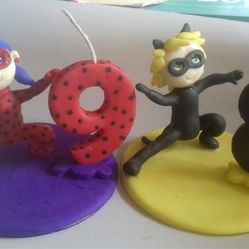Topo de bolo lady bug e cat noir