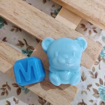 Mini lembrancinha, ursinho + inicial