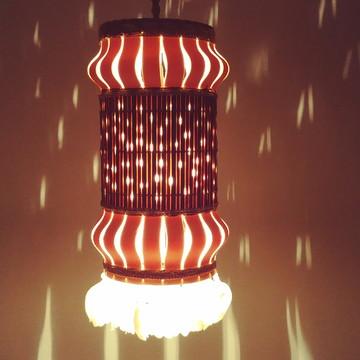 luminaria de pvc com bambu