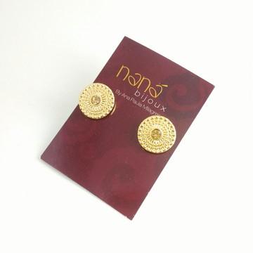 Brinco Dourado Círculo arranhado, strass dourado