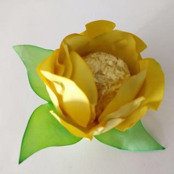 Forminhas de doces - Botão de Rosa Amarela
