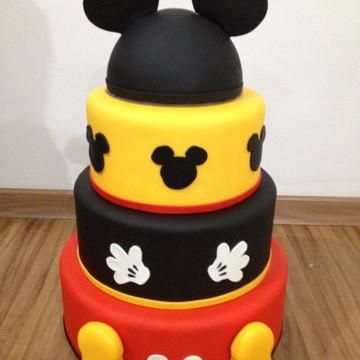 Locação bolo fake Mickey