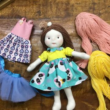 Boneca Isadora troca cabelo