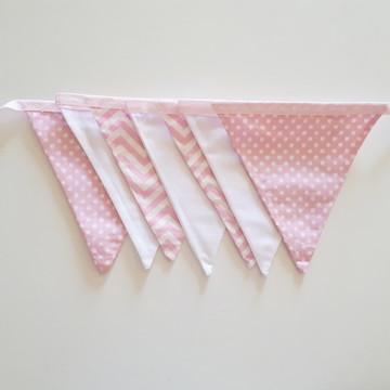 Varal De Bandeirinhas De Tecido chevron rosa, poá e branca