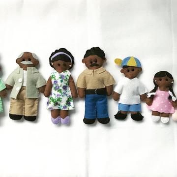Familia de feltro em miniatura