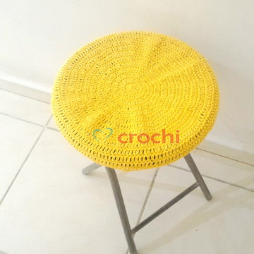 Capinha de crochê para banquetas - Amarelo