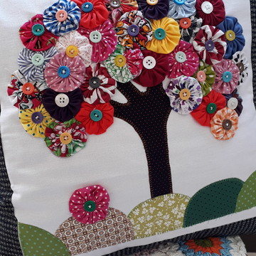 Capa de almofada árvore Fuxico