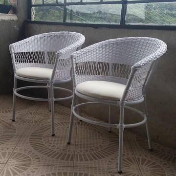 Cadeira de fibra sintética para sacada