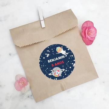 Adesivo redondo para lembrancinha de aniversário Astronauta