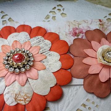 Flores de papel para scrapbook e artesanato