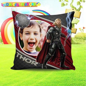 Almofada Vingadores com foto da criança tamanho 50x50