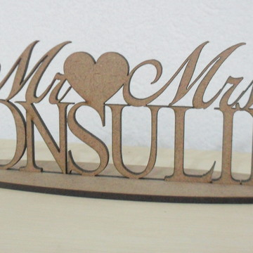Topo De Bolo de casamento sobrenome Mdf Mr and Mrs
