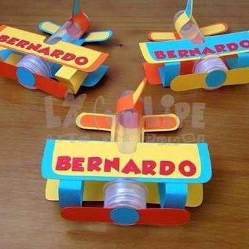 arquivo corte silhouette brinquedos vermelho aviao tubete