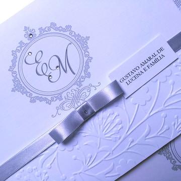Convite de casamento com relevo