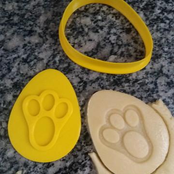 Cortadores de biscoito Ovo Pascoa com 4 marcadores (8cm)