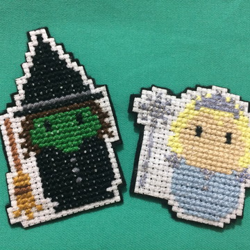 broche/pin Glinda e elphaba