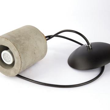 Luminária Pendente de Concreto em Formato Cilíndrico