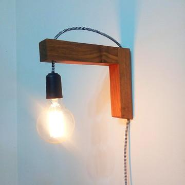 Luminária de parede freijó
