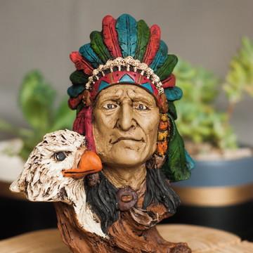 Índio Americano com Águia