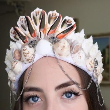 Coroa de conchas sereia