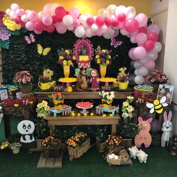 Mesa Decorada - Tema Masha e o Urso