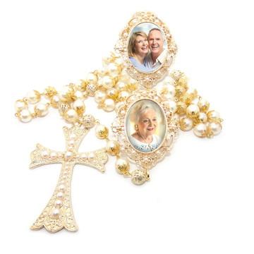 Terço de Noiva com 2 medalhas relicario com foto