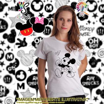 Baby look Feminina Mickey Mouse assoviando