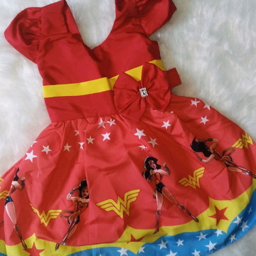 Vestido de Festa Mulher maravilha
