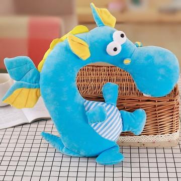 Almofada de Pescoço Dragãozinho Pelúcia Azul