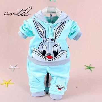 Conjunto infantil roupa de bebê personagens coelho