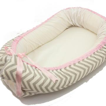 Ninho Redutor De Berço Para Bebe chevron cinza + rosa