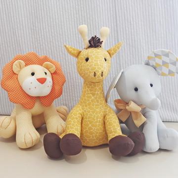 Leão, Elefante e Girafa