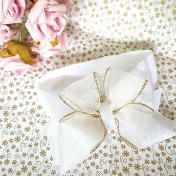 Headband Branco e Dourado Luxo