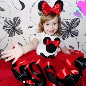 """Fantasia tema """"Minnie"""". Tamanho 6 a 10 anos"""